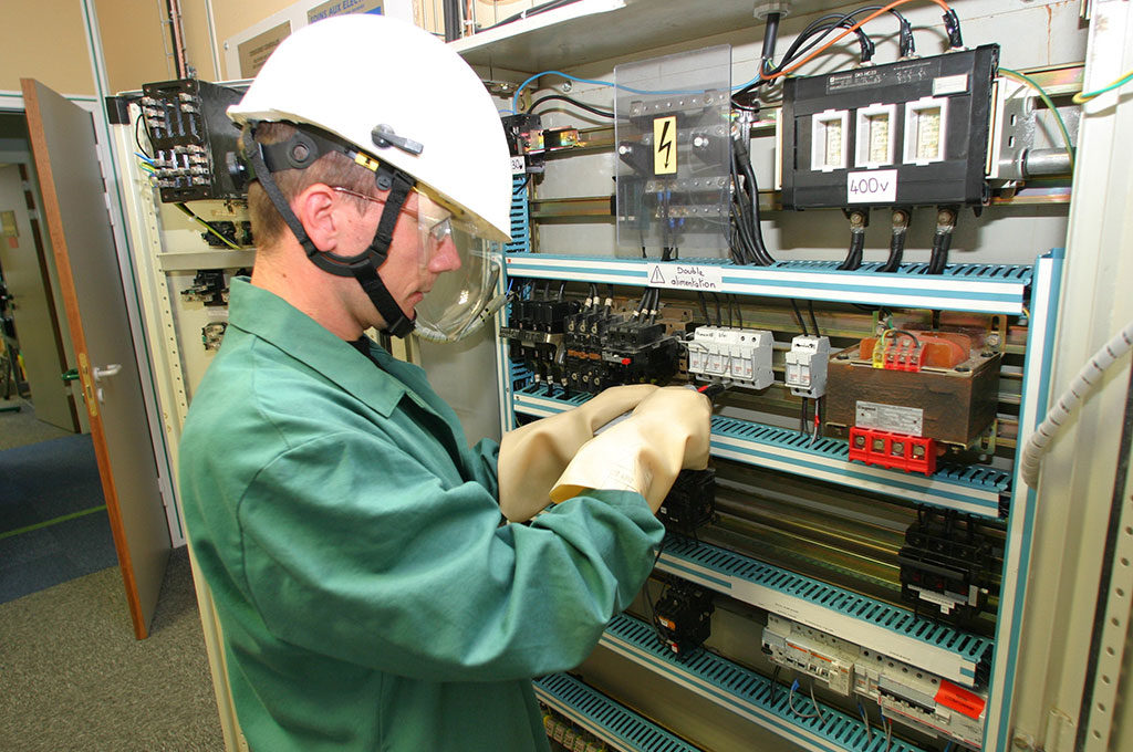 電磁両立性(EMC)指令 2014/30/EU